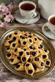 ...konyhán innen - kerten túl...: Barátfüle Apple Pie, Nutella, Great Recipes, Cookie Recipes, Food Photography, Bakery, Food And Drink, Sweets, Bread