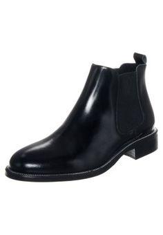 Schlichte Chelsea-Boots sind immer eine gute Wahl! Zign Stiefelette - black für 79,95 € (11.11.15) versandkostenfrei bei Zalando bestellen.