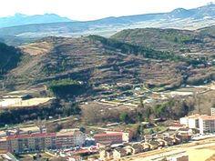 Cruz de Peñaguda en la Ciudad Medieval de Estella Lizarra tienes que visitar en tu próxima visita  a Navarra Naturalmente  http://parquelosdesvelados-calaverasestella.blogspot.com.es/  http://estellalizarra-ciudadmedieval.blogspot.com.es/  www.casaruralnavarra-urbasaurederra.com  http://elcaminodesantiago-estellalizarra.blogspot.com.es  http://nacedero-rio-urederra.blogspot.com.es/