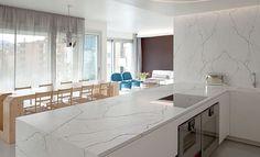 Techlam® TOP Crystallo - Nueva colección 2021 | Levantina Vanity, Mirror, Kitchen, Furniture, Home Decor, Houses, Colors, Interiors, Dressing Tables