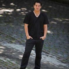 Bom Lazer - Seu fim de semana começa aqui: #BOMLAZER   SHOW - Músico Nuno Netto na noite cari...