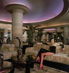 Twiggy in the famous Rainbow room restaurant on the penthouse floor.