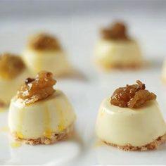 Hoy os presento un rico postre italiano que acabo de descubrir y que nos ha encantado. Se llama pannacotta con miel y nueces. Necesitaremos: 500g de leche 500g