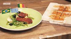 Videorreceta de un plato que te servirá igual si te estás cociendo de calor en Andalucía o te estás pelando de frío en Asturias  se puede comer a cualquier temperatura.