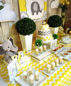 New Baby Shower Ideas Elephant Theme Gender Neutral Ideas Baby Shower Sweets, Baby Shower Drinks, Baby Shower Cakes For Boys, Baby Shower Brunch, Baby Shower Table, Baby Shower Decorations For Boys, Baby Shower Invitations For Boys, Baby Shower Centerpieces, Baby Shower Themes Neutral