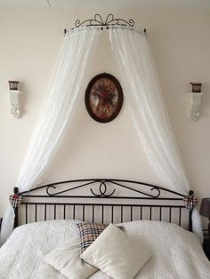 71e7972538bf6620265ef431846bd2f9 Diy Wedding Projects Bedroom Curtain Lights Canopy Curtains