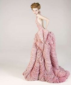 Barnacle Knitwear - Martello's Marine-Inspired Sculptural Collection (wow!!!!!)