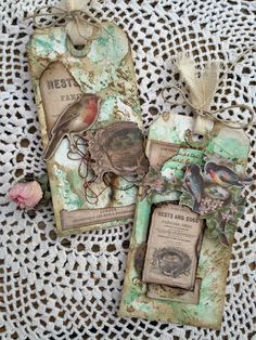 Shabby Vintage Spring Tags with Tim Holtz Distress Oxide and Wallflower Paper Stash Vintage Tags, Shabby Vintage, Vintage Clip, Shabby Chic, Card Tags, Gift Tags, Atc Cards, Handmade Tags, Handmade Crafts