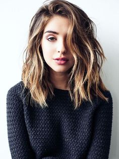 but one thing you may noticed is that most of the girls show off ombre hair are wearing long bob hair! Will the ombre look good on long bob hairstyle? Hairstyle Ideas, Pretty Hairstyles, Hair Ideas, Hairstyles 2018, Easy Hairstyles, Winter Hairstyles, Latest Hairstyles, Modern Hairstyles, 2018 Haircuts