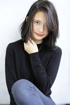 黒髪だからこそ上品になる。アラサーのための上品黒髪パーマ - Yahoo! BEAUTY Lob Hairstyle, Long Bob Hairstyles, Girl Hairstyles, Medium Hair Styles For Women, Short Hair Styles, Hair Color 2017, Asian Bangs, Different Hairstyles, Shoulder Length Hair