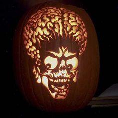 Mars Attacks carving by JP of JamminPumpkins.com