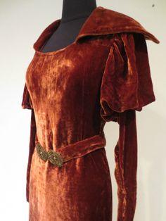 Rich Velvet Glamorous Evening Gown in Deep Rust w Large Collar Fabulous Belt | eBay