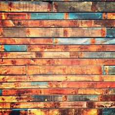 Pallet wall-I'm so doing a pallet wall at the cracked pearl. Pallet Pantry, Pallet Crates, Pallet Walls, Pallet Art, Live Edge Counter, Pallet Building, Game Room Basement, Church Stage Design, Rustic Room
