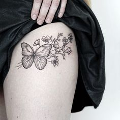 "1,046 Likes, 6 Comments - ❈ Tattoo Artist ❈ (@rachainsworth) on Instagram: ""A butterfly and wildflowers for Danielle  ——— @rghtstuff #rghtstuff . . . . . . . #rachainsworth…"""