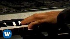 Jorge Drexler (Al otro lado del rio) video oficial - YouTube