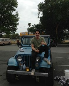 Discovered by Lu. Find images and videos about teen wolf, dylan o'brien and stiles stilinski on We Heart It - the app to get lost in what you love. Stiles Teen Wolf, Teen Wolf Cast, Teen Wolf Boys, Teen Wolf Dylan, Stiles Jeep, Scott Mccall, Tyler Posey, Charlie Carver, Dylan Sprayberry