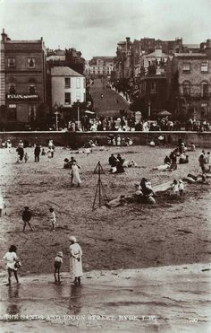The Sands and Union Street Ryde Isle Of Wight, St Michael, Westminster, Vintage Postcards, All Pictures, Hampshire, Sailing, Street View, Island