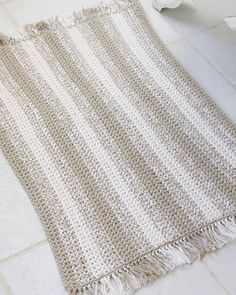 Best Free Crochet » Free Natural Stripes Rug Crochet Pattern from RedHeart.com