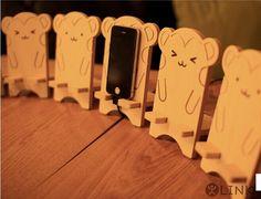Hot sale Shy cute little monkey birch phone holder Wooden mobile phone holder Creative mobile phone holder