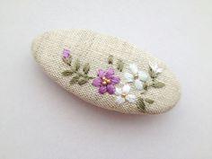 프랑스자수(Embroidery) Art & Design 월든공방클래스 (홍대월든공방, 대치월든공방, 서울대입구월... Bullion Embroidery, Silk Ribbon Embroidery, Embroidery Stitches, Hand Embroidery, Diy Embroidery Designs, Embroidery Hoop Crafts, Floral Embroidery Patterns, Fabric Cards, Crochet Lace Edging