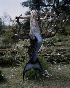 i quite like the idea of doing a fish out of water shoot Kristen McMenamy as mermaid by Tim Walker, W Magazine, 2013.