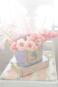 Shabby in pink and blue.