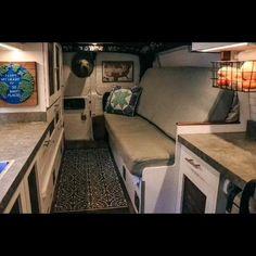 Mini Camper, Truck Camper, Camper Trailers, Van Conversion Interior, Van Interior, T4 Camper Interior Ideas, Van Conversion Build, Motorhome Interior, Camper Ideas