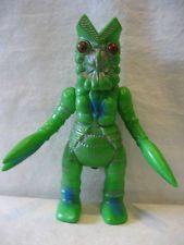 Ultraman vintage BULLMARK Kaiju alien BALTAN Seijin vinyl monster toy sofubi !!!