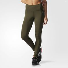 These high-rise women's training tights are built to flatter while you're getting in shape. Made from sweat-wicking climalite® fabric, they feature a supportive waist with an inner patch pocket.