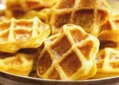 waffles with apples Fruit Recipes, Sweet Recipes, Baking Recipes, Dessert Recipes, Crepes And Waffles, Good Healthy Recipes, Recipes From Heaven, Cooking Time, Us Foods