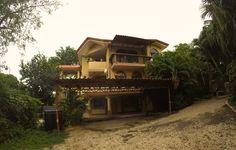 Nuestro edificio ubicado a 200 metros de la playa y el centro de Brasilito #CostaRica