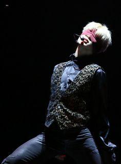 BTS JM | blindfold.... thighs..... vest.... JIMIN...........
