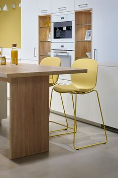 With the RBM Noor, you can truly make it your own. Pick and choose your favourite colours, materials and style to create a chair just for you. RBM Noor Up version featured here in colour Straw. #rbmnoor #homedecor #kitchendesign #kitchendecor