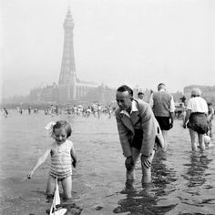- The Seaside Holiday 5 It's a place to let the imagination run away - and there's no harm in that. The seaside brings the child out in children, back then it was how it's meant to be; adventure, fun and.sand all over you! British Seaside, British Isles, Old Pictures, Old Photos, Blackpool England, British Holidays, Seaside Holidays, British History, Vintage Photographs