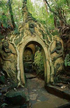 Entrada para a floresta,=)