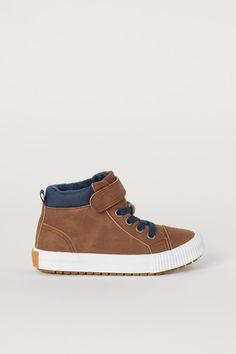 Carter/'s Kids/' Hyper Toddler Shoes Brown Black Rust Hook and Loop NEW Boys