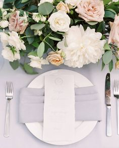 Beautiful grey and white place setting with a calligraphy menu. Floral & Event Design by Gavita Flora #wedding #flowers #Peony #centerpiece #modern #elegant #gavita #flora
