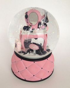 """Victoria Secret's Plays """"La Vie en Rose"""" Snow Globe Limited Edition Rare! Excellent! Selling at my ebay store estellaandlincoln - Can ship out today!"""