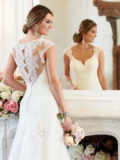 Lace+Cap+Sleeves+Sweetheart+A-line+Wedding+Dress+with+Illusion+Back