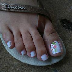 35 Unhas dos Pés maravilhosas para você ver ainda hoje Toe Nail Designs, Manicure And Pedicure, Toe Nails, Hair Beauty, Beauty Makeup, Make Up, Close Up, Tumbler, Ideas