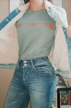 Cute Cowgirl Outfits, Western Outfits Women, Rodeo Outfits, Cute Casual Outfits, Simple Outfits, Outfits For Teens, Rodeo Clothes, Country Style Outfits, Southern Outfits