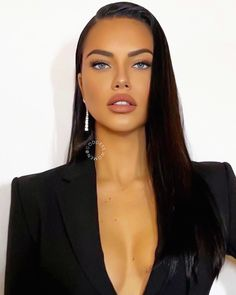 Adriana Lima adriana limaYou can find Adriana lima and more on our website. Beauty Makeup, Hair Makeup, Hair Beauty, Non Blondes, Glam Style, Bun Hairstyles, Beautiful Eyes, Lace Front Wigs, Rihanna