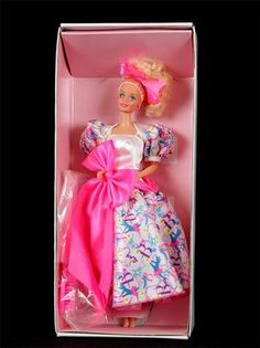 NIB 1990 Barbie Style Collector Doll # 5315 Mattel