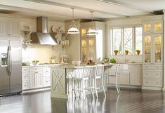 country kitchen island bar | ... kitchen, kitchen island, frosted glass pendants, white bar stools