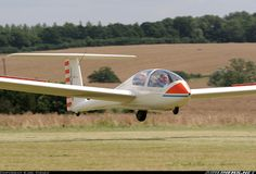 Grob G-103A Twin II Acro aircraft picture