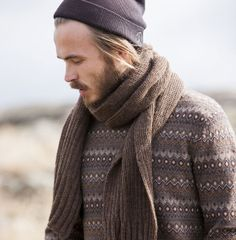 Finnish magazine Moda: Shawl for men made of Teetee yarns. Design: Piia Maria Pekkanen