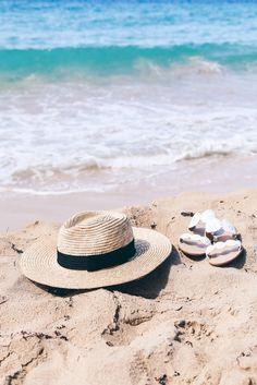 by the sea Beach Pool, Beach Bum, Summer Feeling, Summer Vibes, Summer Photography, Am Meer, Photo Diary, St Thomas, Summer Aesthetic