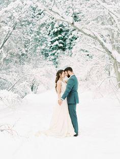Delicate & Frosty Winter Elopement Inspiration via Magnolia Rouge