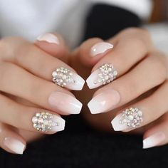 Coffin Nails, Uv Nails, Glue On Nails, Gold Nails, Gold Glitter, Manicures, Ombre French Nails, French Tip Nails, Nail Art Designs