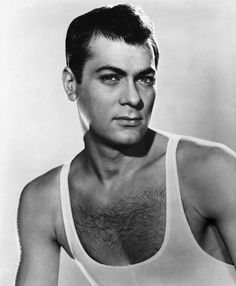 "Tony Curtis in ""Trapeze"", 1956 Hollywood Actor, Golden Age Of Hollywood, Classic Hollywood, Old Hollywood, Hollywood Stars, Tony Curtis, Jamie Lee Curtis, Men Are Men, Janet Leigh"